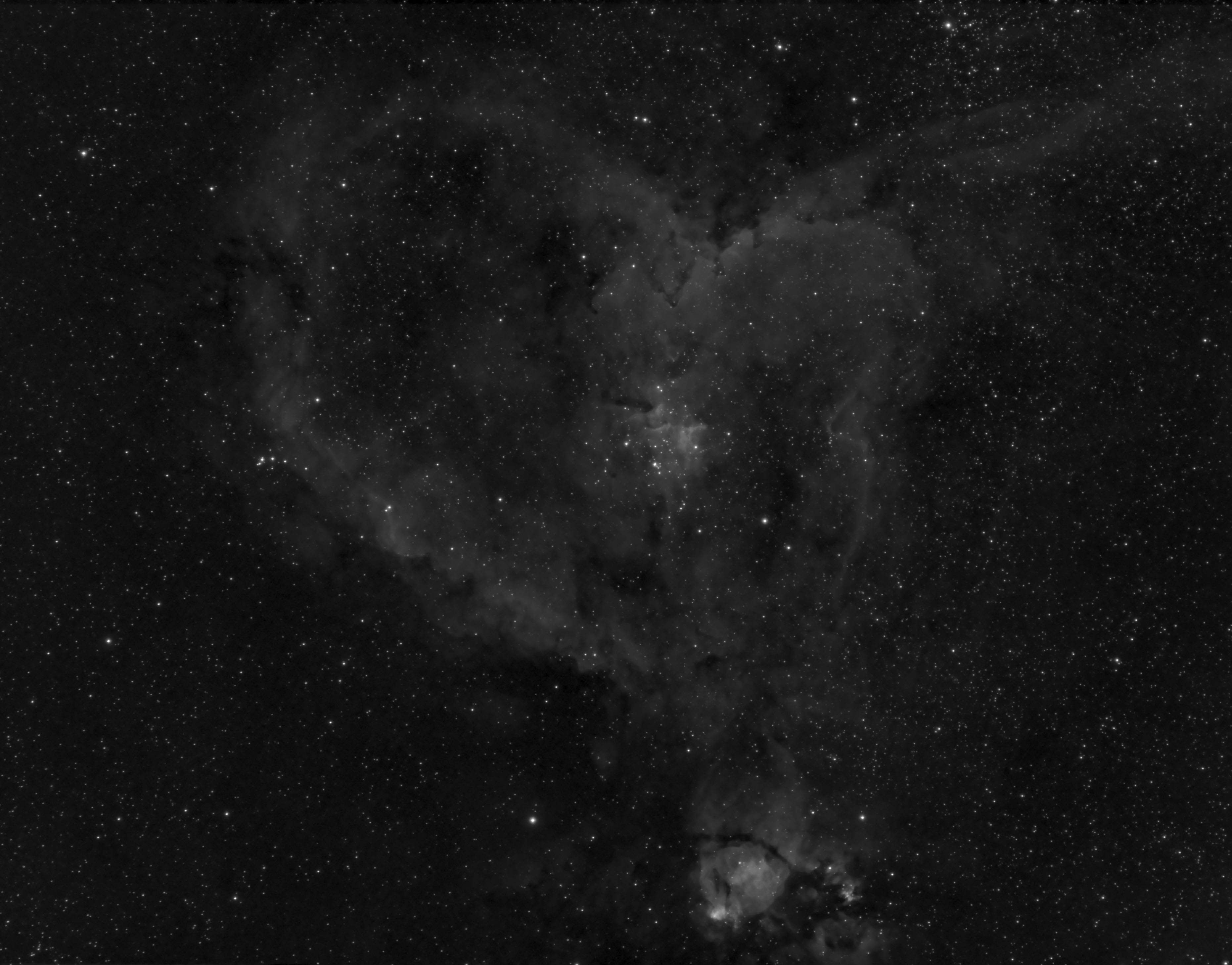 Heart Nebula_09_16_2018T14_15_11_Stack_16bits_16frames_191s__Light_.jpg