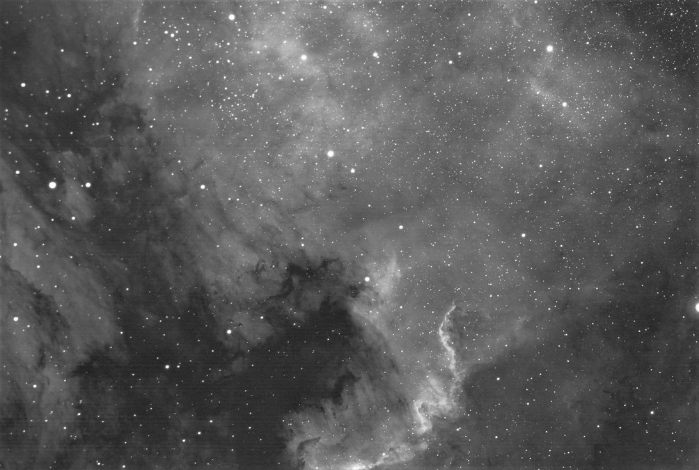 _NGC7000_Ha-60x90s-g1000-bl150-reduced.jpg