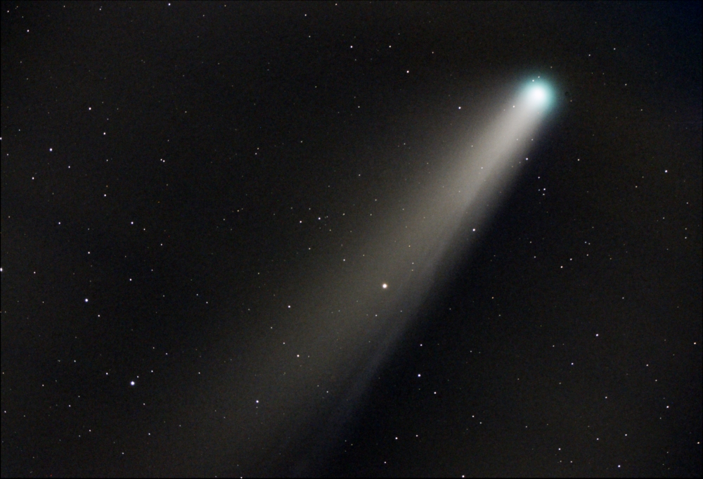 comet_C2020_F3_NEOWISE_Zstar_F5_6_220720_2.5min_stacked_ABE_MLT_COL_photoX_minifile.jpg